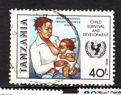 Tanzanie, Tanzania, Allaitement, Breast Feeding, Lait, Milk, Femme, Woman, Unicef, Bébé, Baby, Sein - Alimentation