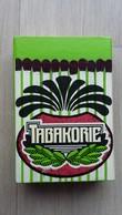 Zündholzschachtel  Aus Den Niederlanden Mit Werbung Für Einen Tabakladen - Zündholzschachteln