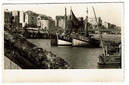 Carte Photo - Blankenberghe - Le Port - Bateaux - 2 Scans - Blankenberge