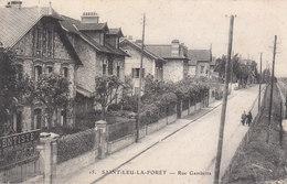 CPA SAINT-LEU-LA-FORÊT (95) RUE GAMBETTA - ANIMEE - DENTISTE à GAUCHE - Saint Leu La Foret