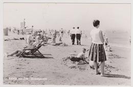 Katwijk Aan Zee - Strandgezicht Met Volk - 1963 - Katwijk (aan Zee)