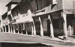 CHAOURCE - LE HALLOIR DIT : LES ARCADES - BELLE CARTE PHOTO - A DROITE, LE CREDIT LYONNAIS - - Chaource