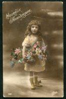11315  Carte Postale  Anniversaire :  Fillette Aux Fleurs - Anniversaire
