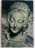 #638  Detail Of Sculpture Of CHARTRES Cathedral - FRANCE - Postcard - Sculptures