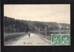 Belgique / Waulsort / La Meuse à La Gare - België