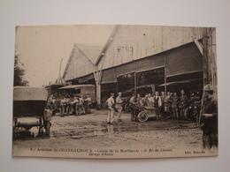 36 Chateauroux.camp D'aviation De La Martinerie.garage D'autos.gros Plan - Chateauroux
