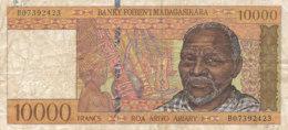 - BILLET DE 10000  FRANCS  BANQUE - BANKY FOIBEN'I  MADAGASIKARA - Madagascar