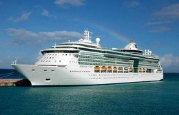 "Ship Postcards - Passenger   Ship : ""Serenade Of The Seas   "" Variant    Read Description - Schiffe"