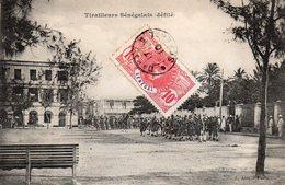 / Senégal - Tirailleurs Sénégalais ( Défilé) - Senegal