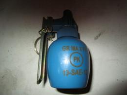 Grenade à Platre Blanc F1 Francaise Neuve - Militari