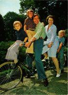 CPM La Famille Royale DUTCH ROYALTY (811038) - Familles Royales