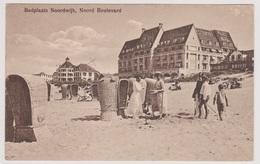Noordwijk - Noord Boulevard Met Volk Op Het Strand - Noordwijk (aan Zee)