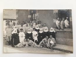 Photo Foto AK Soldats Allemands Blessee Infirmerie Soeur Moniales Deutsche Soldaten Verletzte - Guerre 1914-18