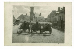 Carte Photo - Villers Cotterets - Place Du Marché, Beffroi, Canons De La 48e Division, Pharmacie Desmons - Circulé 1918 - Villers Cotterets