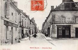 Saint-Epain  37   La Grande Rue Tres Animée -Café De L'Univers -et Café De La Place - France