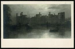 Ref 1276 - Early Postcard - Carnarvon Castle Caernarvon Castle -  Wales - Caernarvonshire