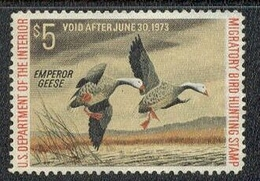US Duck Stamp MNH #RW39 - Phabulous Pair Of Emperor Geese Taking To Flight - Duck Stamps