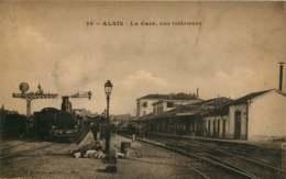 ALES LA GARE VUE INTERIEURE   Voyagée 1917 VOIR SCAN RECTO VERSO - Alès