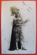 Artiste Femme Costume De PANTIN  Photo Walery - Künstler