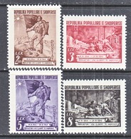 ALBANIA   451-4   *   SOLDIER, FLAG, LIBERATION - Albanie
