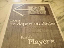 ANCIENNE PUBLICITE DEPART EN FLECHE  CIGARETTE   PLAYER S 1960 - Tabac (objets Liés)
