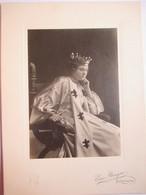 Bordighera - Photographie Ancienne D' Ezio BENIGNI - Personnage Féminin En Reine De France - ( Théâtre ? ) - TBE - Foto