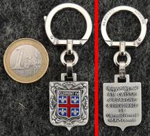 AUGIS Porte-clé Ancien NEUF Blason De Clermont-Ferrand 63 + Publicité De La Caisse D'épargne - Porte-clefs