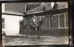 PHOTO ALLEMANDE - OFFICIER ARTILLEUR BAVAROIS A CHEVAL A BARLEUX PRES DE HERBECOURT SOMME -  GUERRE 1914 1918 - 1914-18
