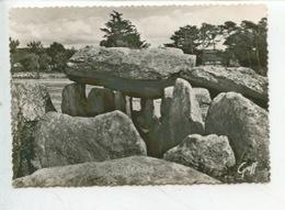 Carnac - Dolmen De Mané Kérioned  (monuments Megalithique) Cp Vierge N°2401 Greff - Dolmen & Menhirs