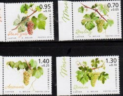 LUXEMBOURG, 2018, MNH, CHARITY STAMPS, MOSELLE REGION, GRAPES, VINES, 4v - Fruits