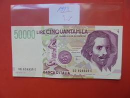 ITALIE 50.000 LIRE (ROSE) 1992 TRES LEGEREMENT CIRCULER - [ 2] 1946-… : République