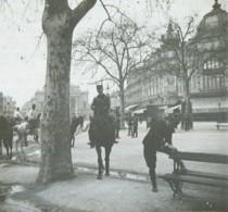 """Positif Stéréo . Montpellier 1905 . """"Retour De Cheval"""" . Militaires . Cavalerie . - Photos Stéréoscopiques"""