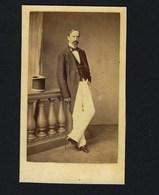 1860s French NOBLEMAN W/topper Hat. Antique CDV PHOTO Albumen By FRANCK France - Oud (voor 1900)