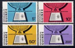 GUINEE - 418/421 ** - JOURNEE MONDIALE DES TELECOMMUNICATIONS - Guinée (1958-...)