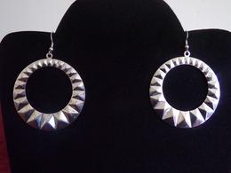 Boucles D'oreilles Rondes à Motifs Géométriques Couleur Argenté - Earrings