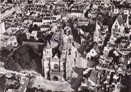 21. DIJON. VUE AÉRIENNE. CATHÉDRALE ST BENIGNE  ANNÉE 1954 + TEXTE - Dijon
