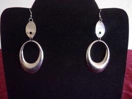 Boucles D'oreilles Ovales En Métal Argenté - Earrings