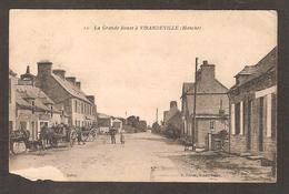 - 10 - VIRANDEVILLE ( 50 Manche ) La Grande Route ( E. Féron Edit. ) Bel Attelage Avec 2 Chevaux - France