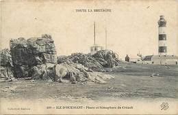Dpts Div.-ref-AG159- Finistère - Ile D Ouessant - Phare Et Sémaphore Du Créach - Phares - Semaphores - Carte Bon Etat - - Ouessant