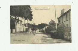 33 - SAINT SYMPHORIEN - Avenue Thiers Et Gendarmerie Animé Bon état - France