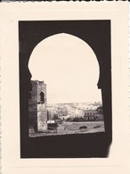 MINI PHOTO--MAROC-RABAT-1936-de La Porter De La Kasba Des Ouadayas Vue Sur Les Remparts Et La Ville Moderne-voir 2 Scans - Afrique