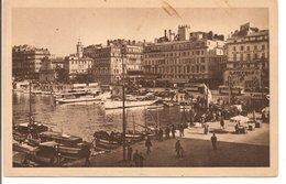 L200A355 - Marseille -Un Coin Du  Vieux Port - Jolie Animation - Vieux Port, Saint Victor, Le Panier