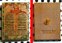 Beau Pin's émaillé Déclaration Des Droits De L'homme & Du Citoyen - Pin's