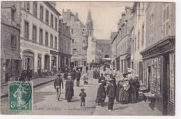 Finistère - Saint-Pol-de-Léon - La Grande-Rue - Saint-Pol-de-Léon