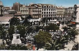 PERPIGNAN  PLACE ARAGO  DANSES SARDANES - Perpignan