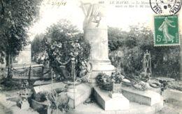 N°70274 -cpa Le Havre -le Monument Des Sauveteurs Morts En Mer- - Le Havre