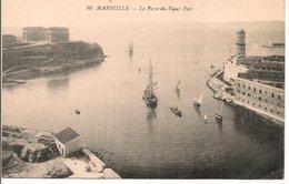 L200A363 - Marseille - La Passe Du Vieux Port -   N°80 - Vieux Port, Saint Victor, Le Panier