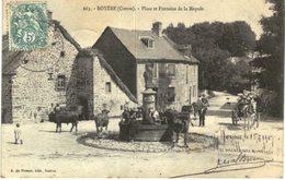 ROYERE .... PLACE ET FONTAINE DE LA MAYADE - France