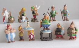 Kinder 2001 : Série Complète Allemande : Astérix Und Die Romer (10 Figurines Avec 2 BPZ) - Asterix & Obelix