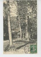 Forêt De VERNON - Route De THILLIERS - Monument De La Duchesse D'Orléans - Vernon